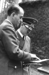 Albert Speer and Adolf Hitler © Wikipedia